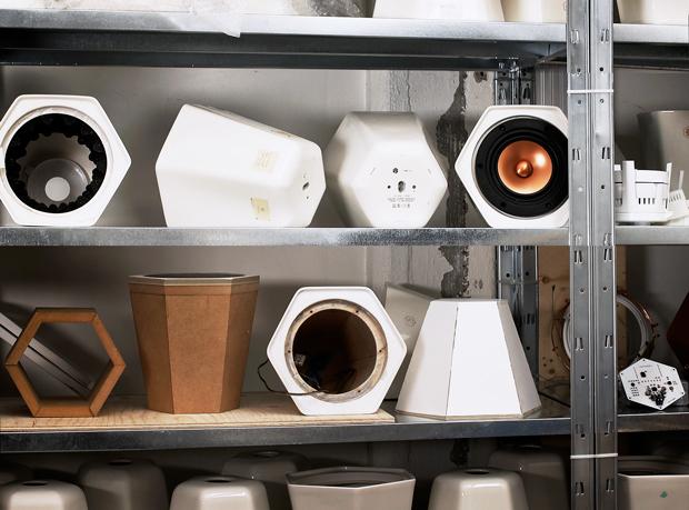 unmonday shelf